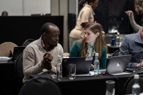 Bonface Mutisya (Nairobi Convention Secretariat) and Klaudija Cremers (IDDRI) ©Mathias Greiner